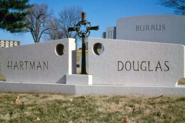 Hunt-Memorials-Monuments-Tombstones-Family-12