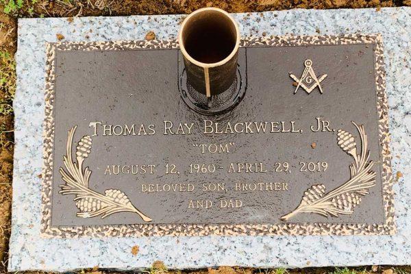 Hunt-Memorials-Monuments-Tombstones-Bronze-Markers-32