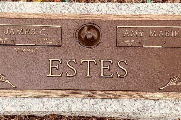 Hunt-Memorials-Monuments-Tombstones-Bronze-Markers-31