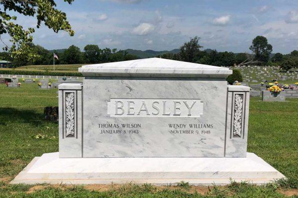 Hunt-Memorials-Monuments-Tombstones-Family-43