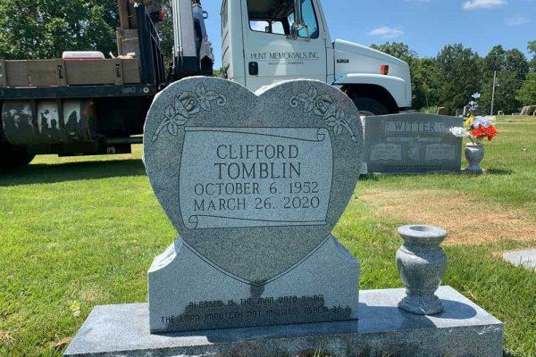 Monuments-Tombstones-Single-54