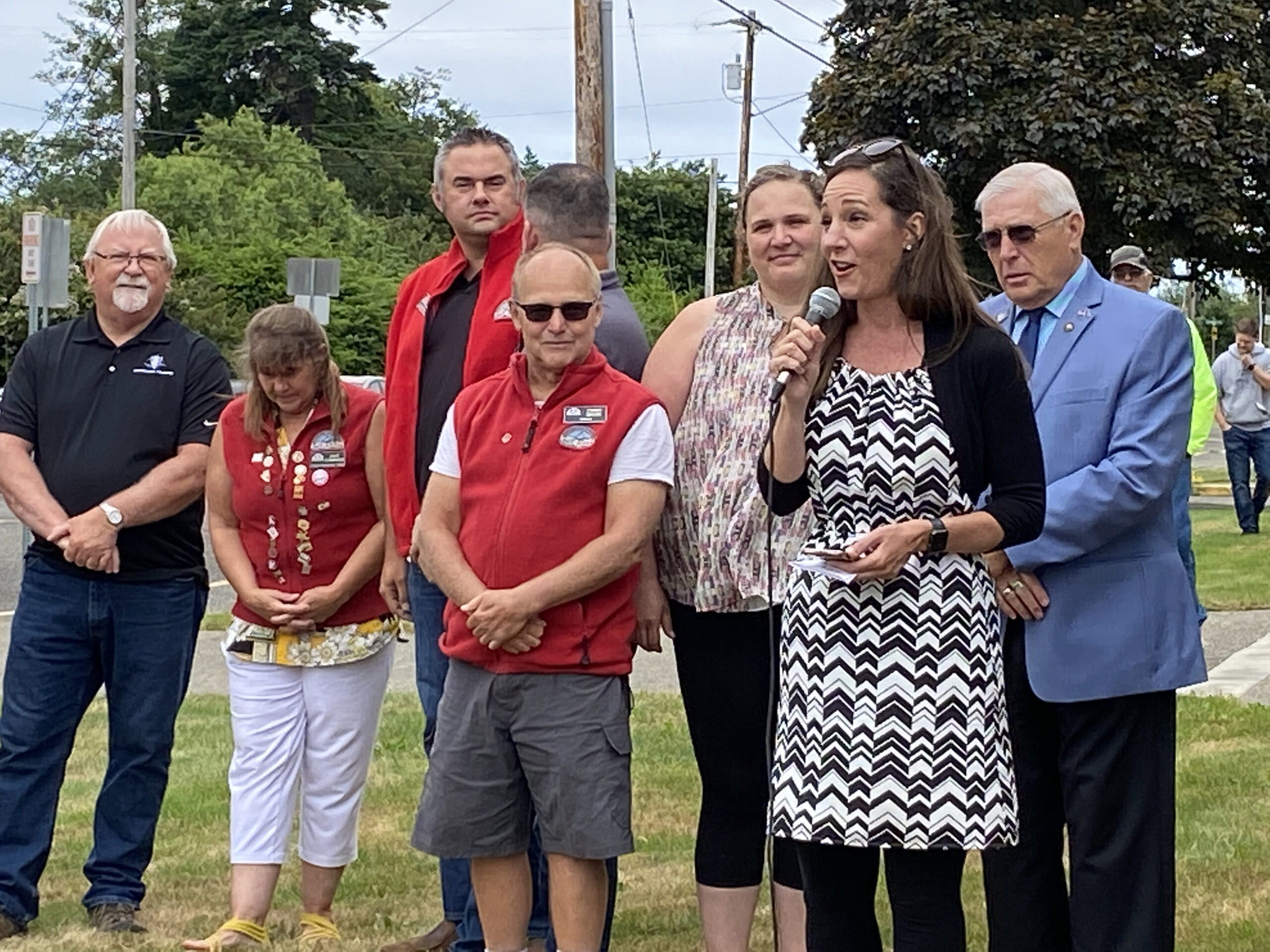 Read more about the article North Bend Celebrates Re-opening of the Pool