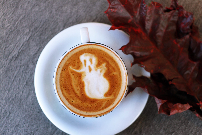 Ghostly pumpkin spice drink