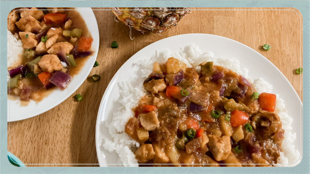 Picture of two bowls of Hawaiian Pineapple Chicken