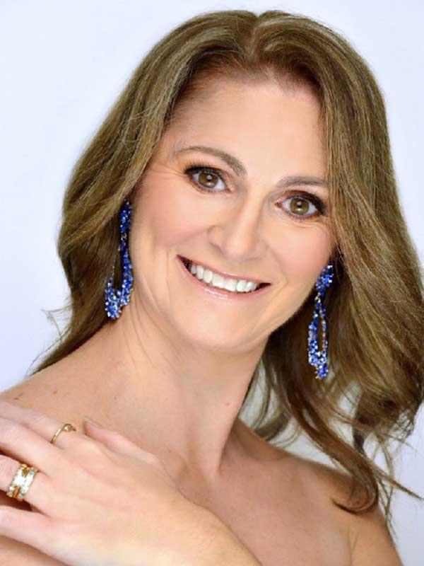 Mrs Australia - Belinda Hill