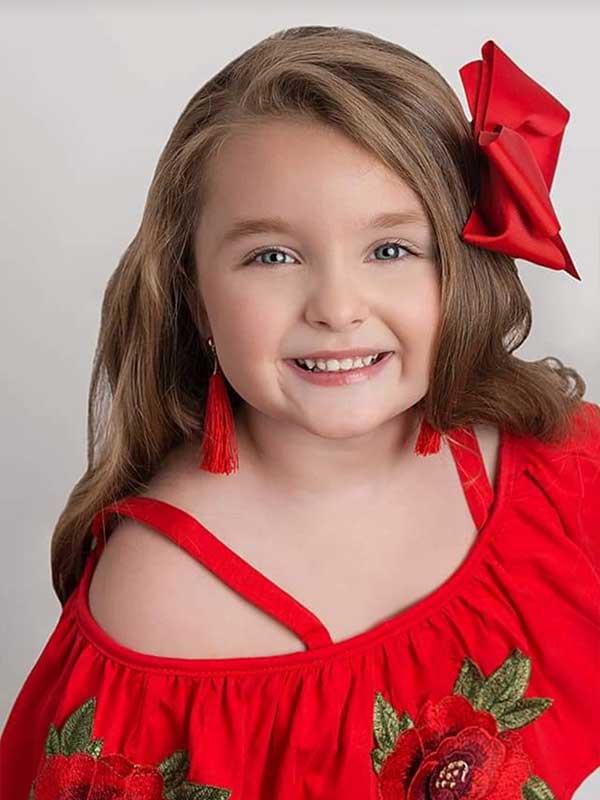 Petite Texas - Scarlett Warren