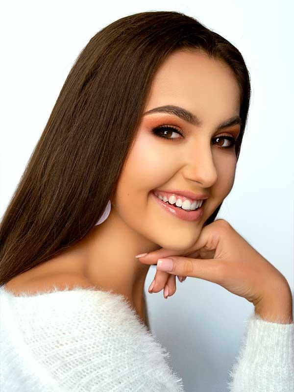 Teen Australia - Chloe Zrediec
