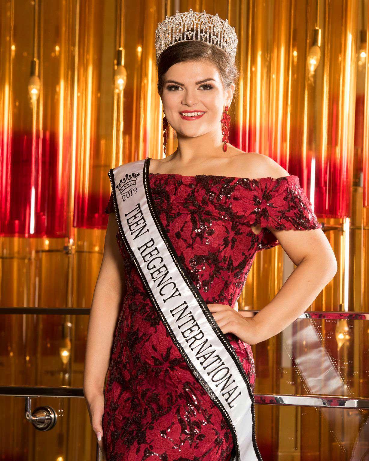 Teen Regency International Pageant 2019-2020 Lucy Rayner