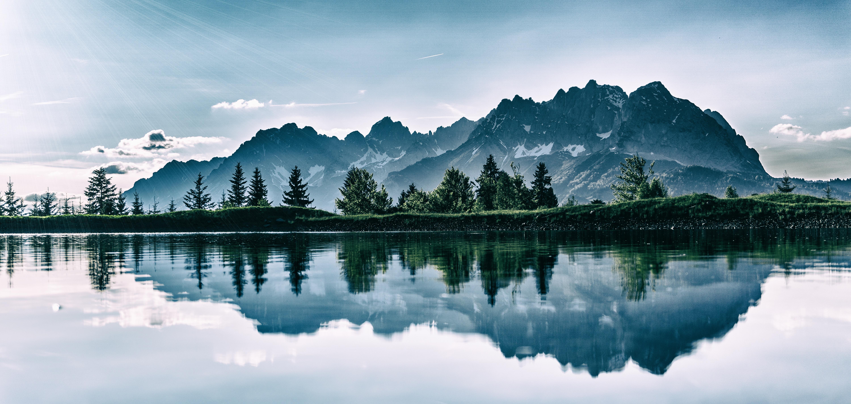 mountain-lake-reflection
