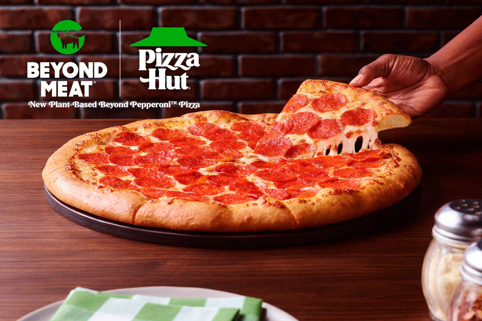 Pizza Hut & Beyond Meat - Test Pepperoni Pizza