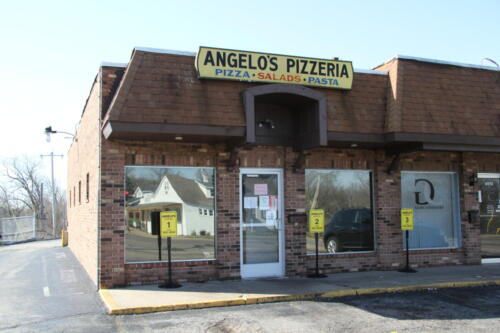 Angelo's Pizza in Florissant, MO - a 5 Star award winning pizzeria.