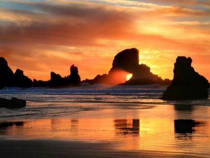 beautiful_beach_at_sunset