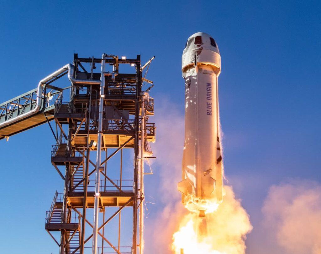 Jeff Bezos New Shepard by Blue Origin.