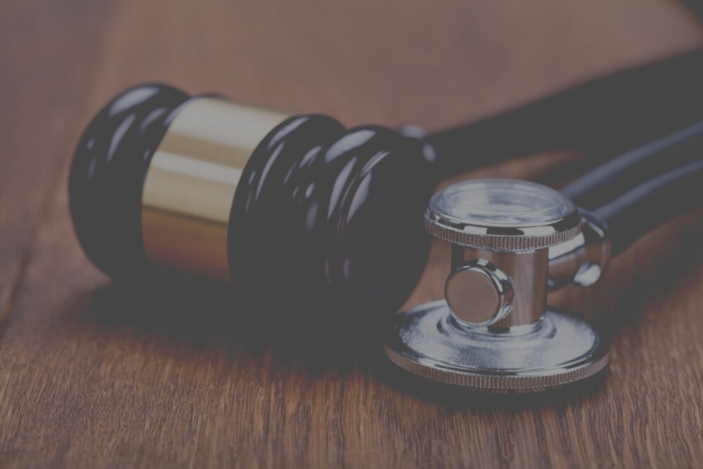 Common Medical Malpractice Lawsuits and When to Consult a Lawyer