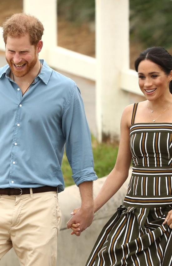 Royal Tour Day 3 and 4: Meghan Cradles Her Baby Bump on the Beach