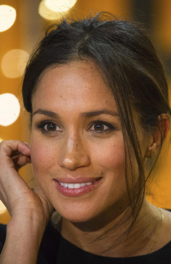 10 Holiday Gift Ideas Inspired by Meghan Markle's Fashion Favorites