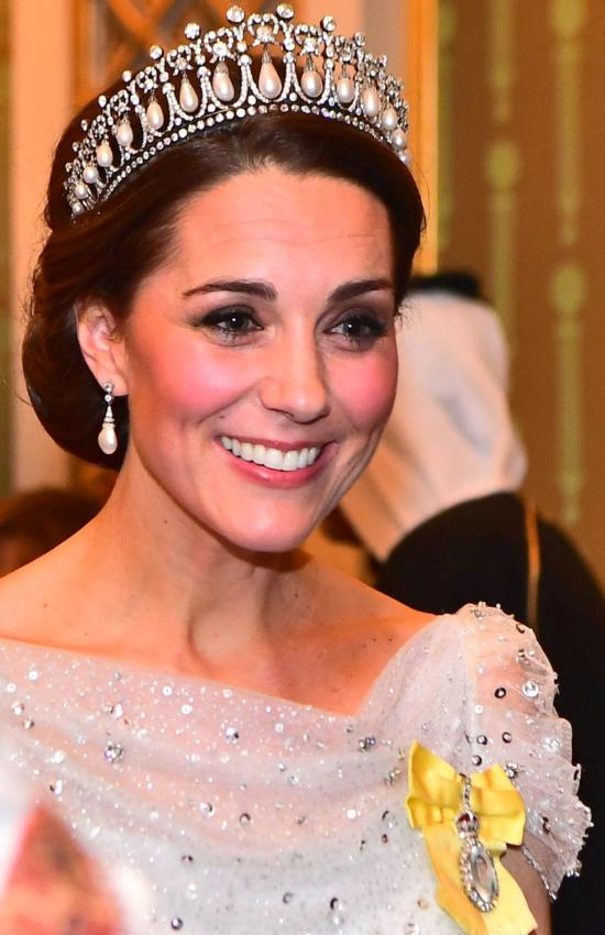 Kate Middleton in Lovers Knot Tiara for Buckingham Palace Reception