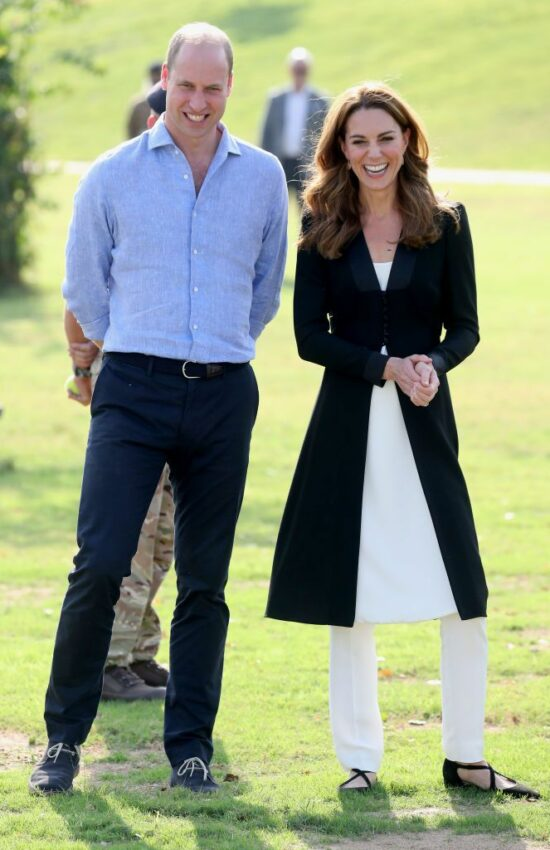 Duke and Duchess of Cambridge Depart Lahore and Visit Canine Centre for Final Day of Royal Tour Pakistan