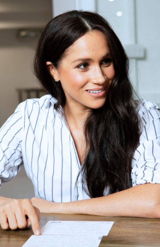 Meghan Markle in Stripes for Visit to Luminary Bakery