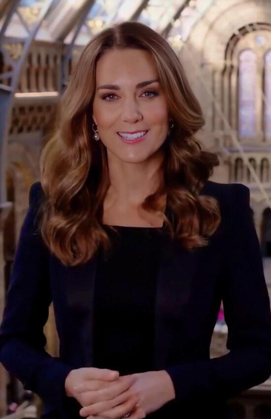 Kate Middleton in Satin Tuxedo Jacket for Natural History Museum Awards