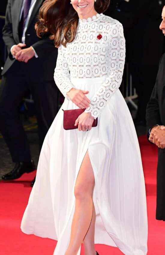 Kate Middleton's Iconic Self Portrait Dress is Back in Stock