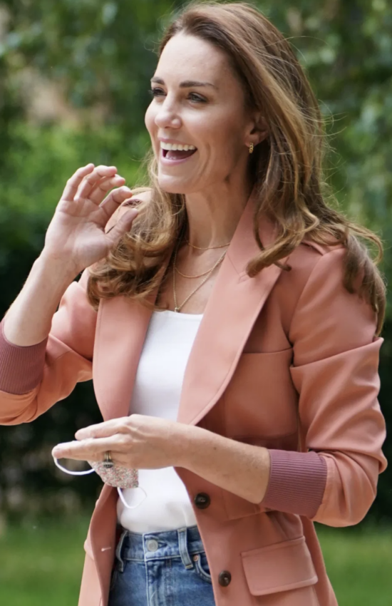 Kate Middleton in Chloe Blazer for Visit to Natural History Museum
