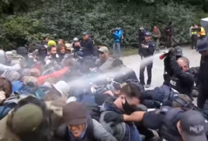 Police brutality on peaceful protesters