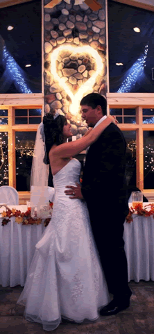 wedding_couple_at_northern_pines_event_center