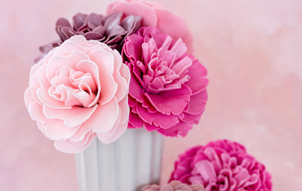 Read more about the article Making a Bouquet with A'marie's Bath Flowers