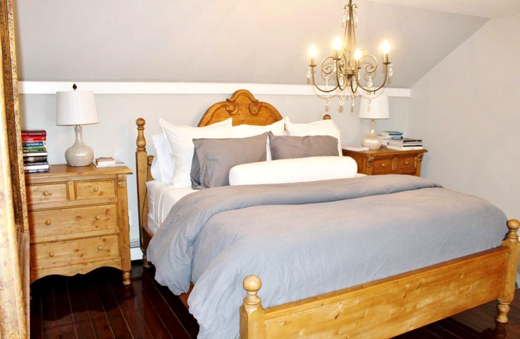 British Cottage Kingsize Bed, Pine Bed