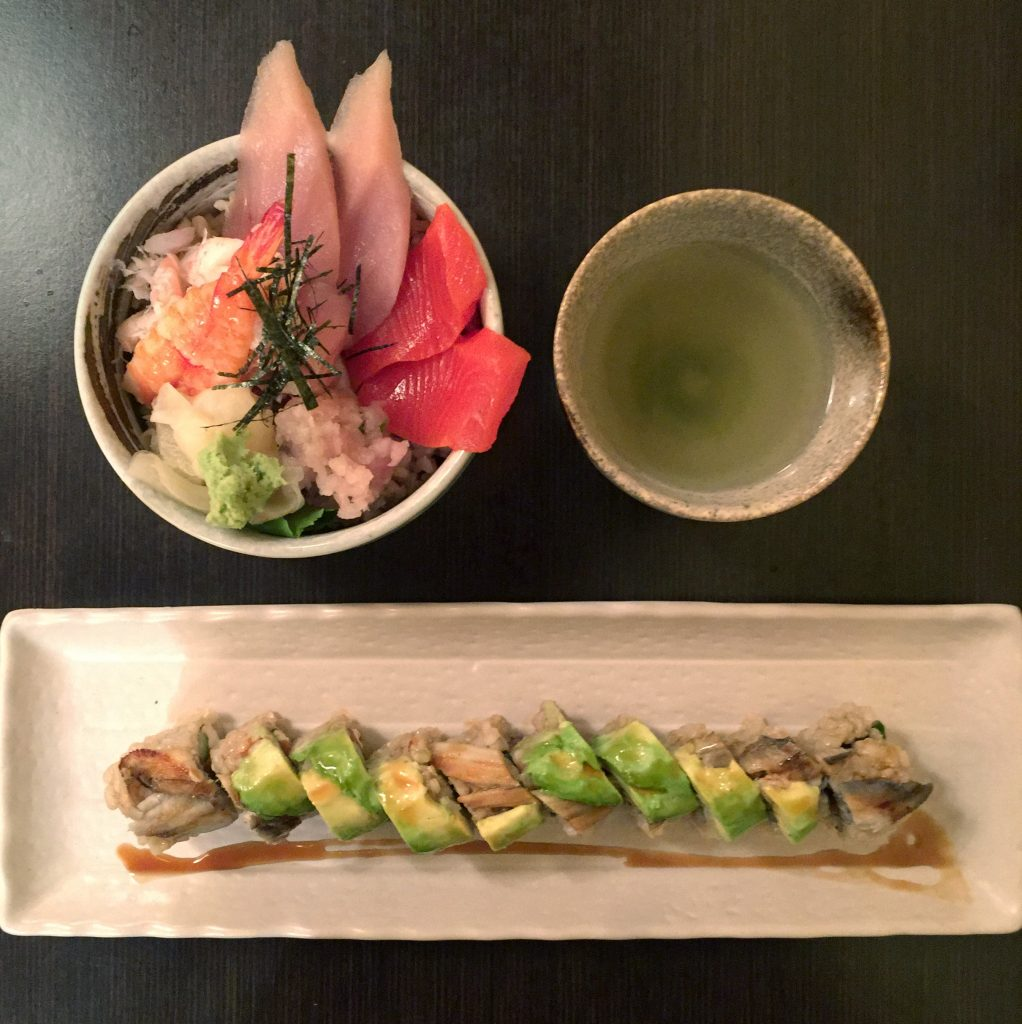 Sushi and green tea at Shizenya in Vancouver