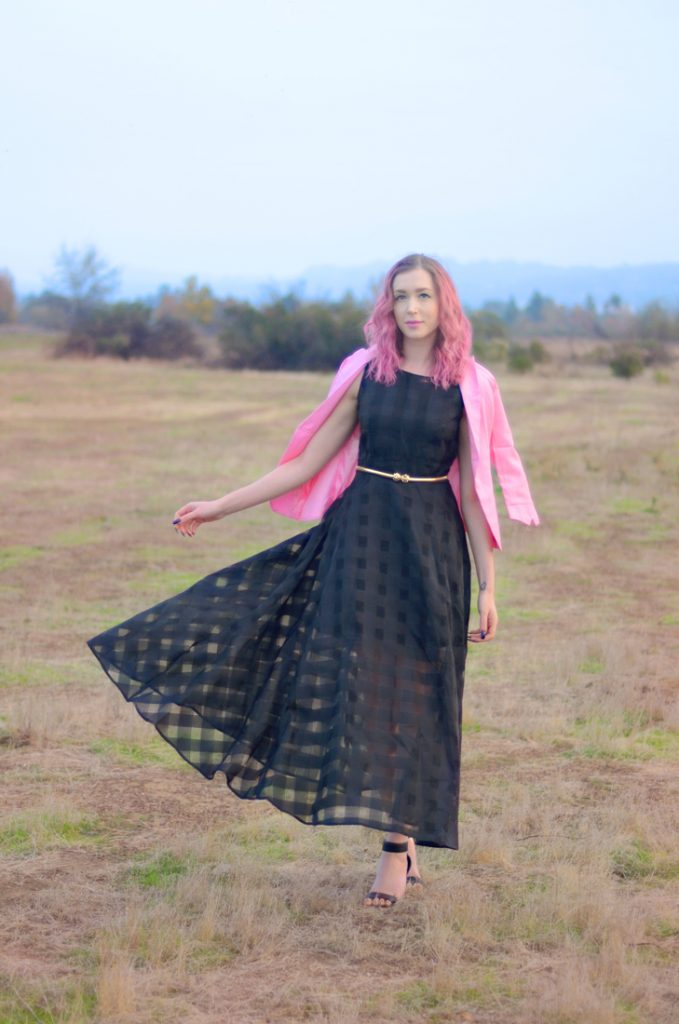 What I Wish I Could Tell Myself in High School with Los Angeles Cruelty-Free Beauty Blogger, Emily Wolf Beauty. rosegal Stylish Sleeveless Plaid Organza Layered Maxi Dress For Women, rosegal 3/4 Sleeve One Button Slimming Blazer, Vince camuto black leather ankle strap heeled sandals