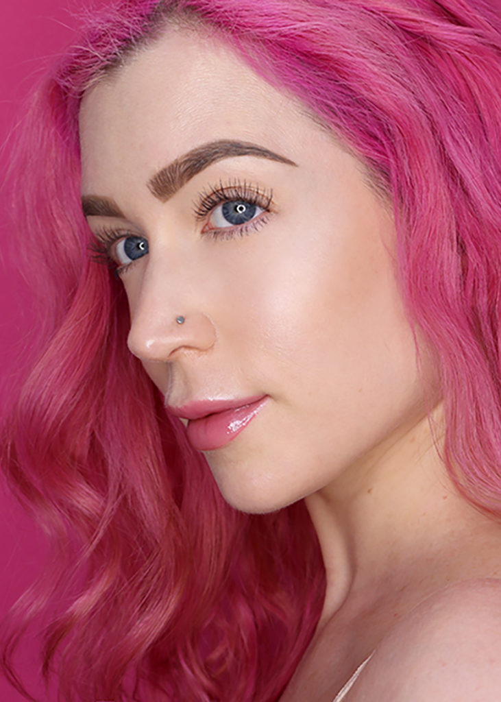 Los Angeles Cruelty-Free Beauty Blogger, Emily Wolf Beauty shares an Easy 15 Minute No-Makeup Makeup Tutorial.