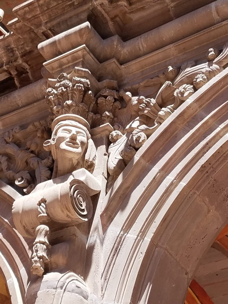 Sculptures around the arches depict the various indigenous cultures of this region at Museo de Arte Sacro- The Art Museum of Queretaro