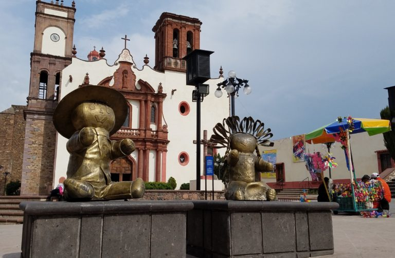 Amealco, a Pueblo Magico of Waterfalls and Maria Dolls