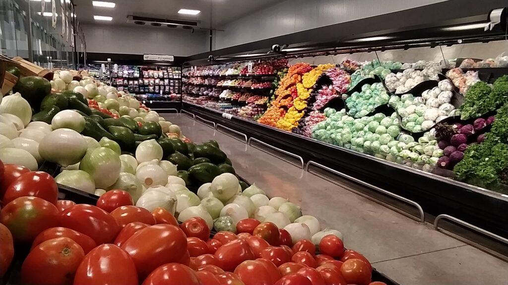 Produce aisle at Chedraui Selecto, Mexico