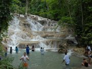 dunns-river-enjoying-the-falls