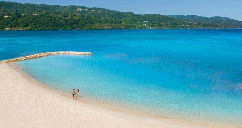 shore-excursion-secrets-beach