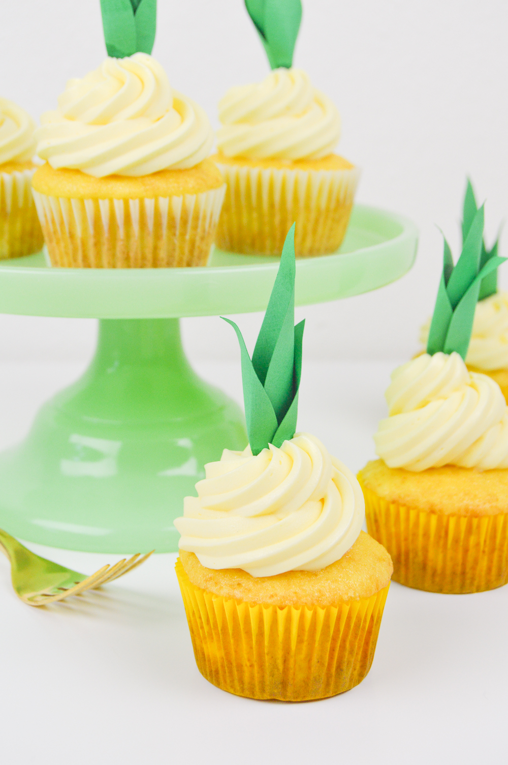 Pineapple Cupcake Recipe and DIY Pineapple Cupcake Toppers | www.clubcrafted.com