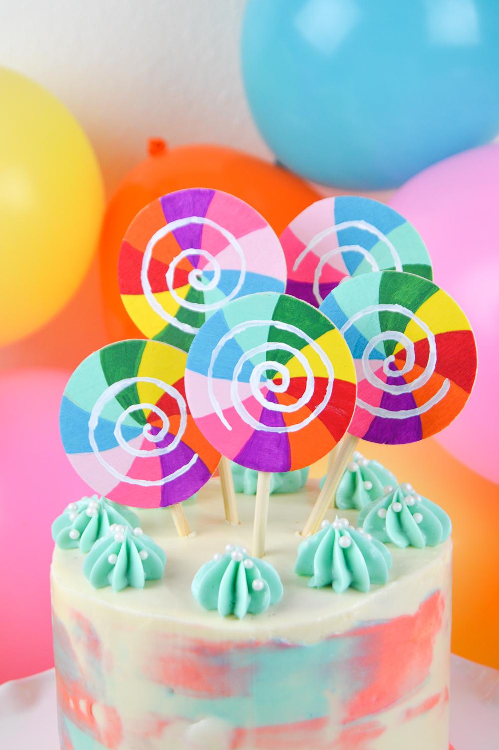 DIY Lollipop Cake Topper | Club Crafted