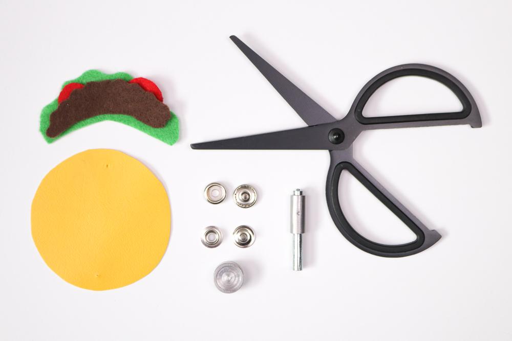DIY Taco Headphone Organizer   Club Crafted