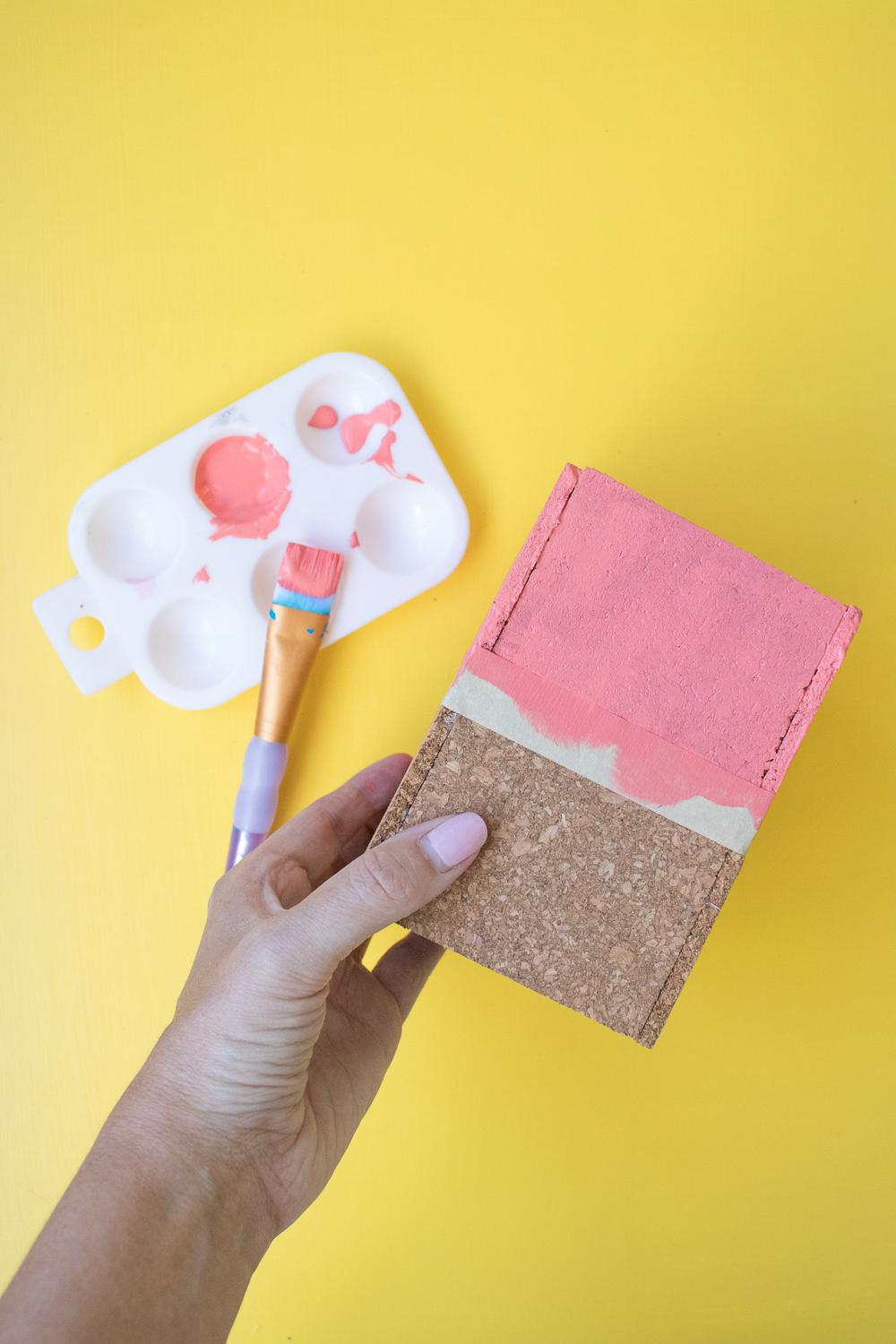 DIY Scalloped Cork Pencil Cup | Club Crafted