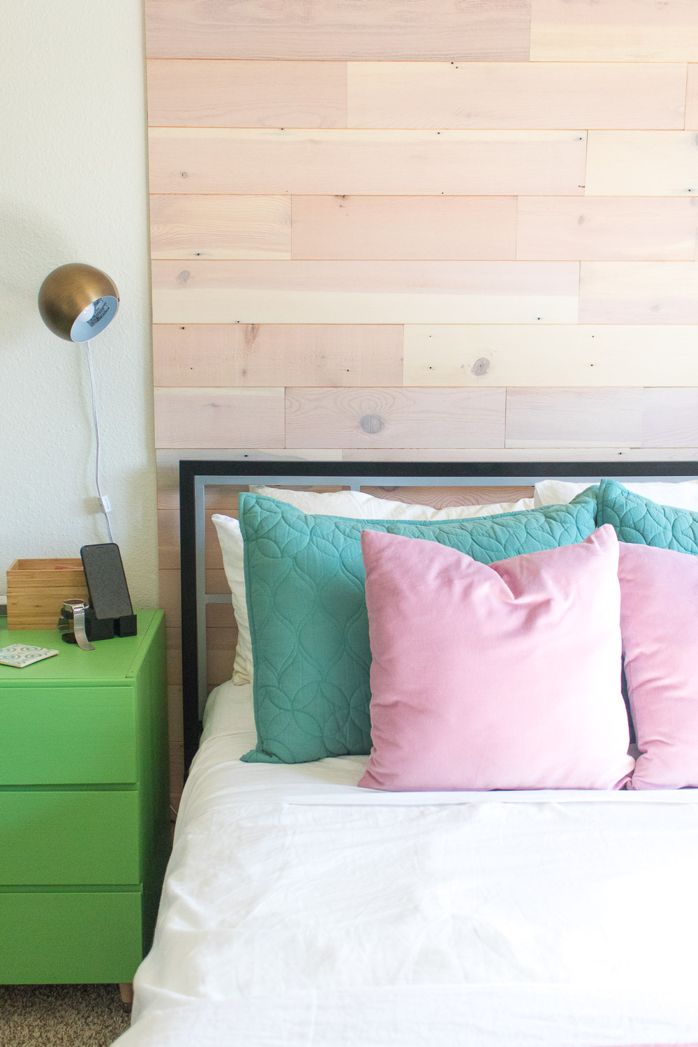 Renter-Friendly DIY Plank Accent Wall | Club Crafted