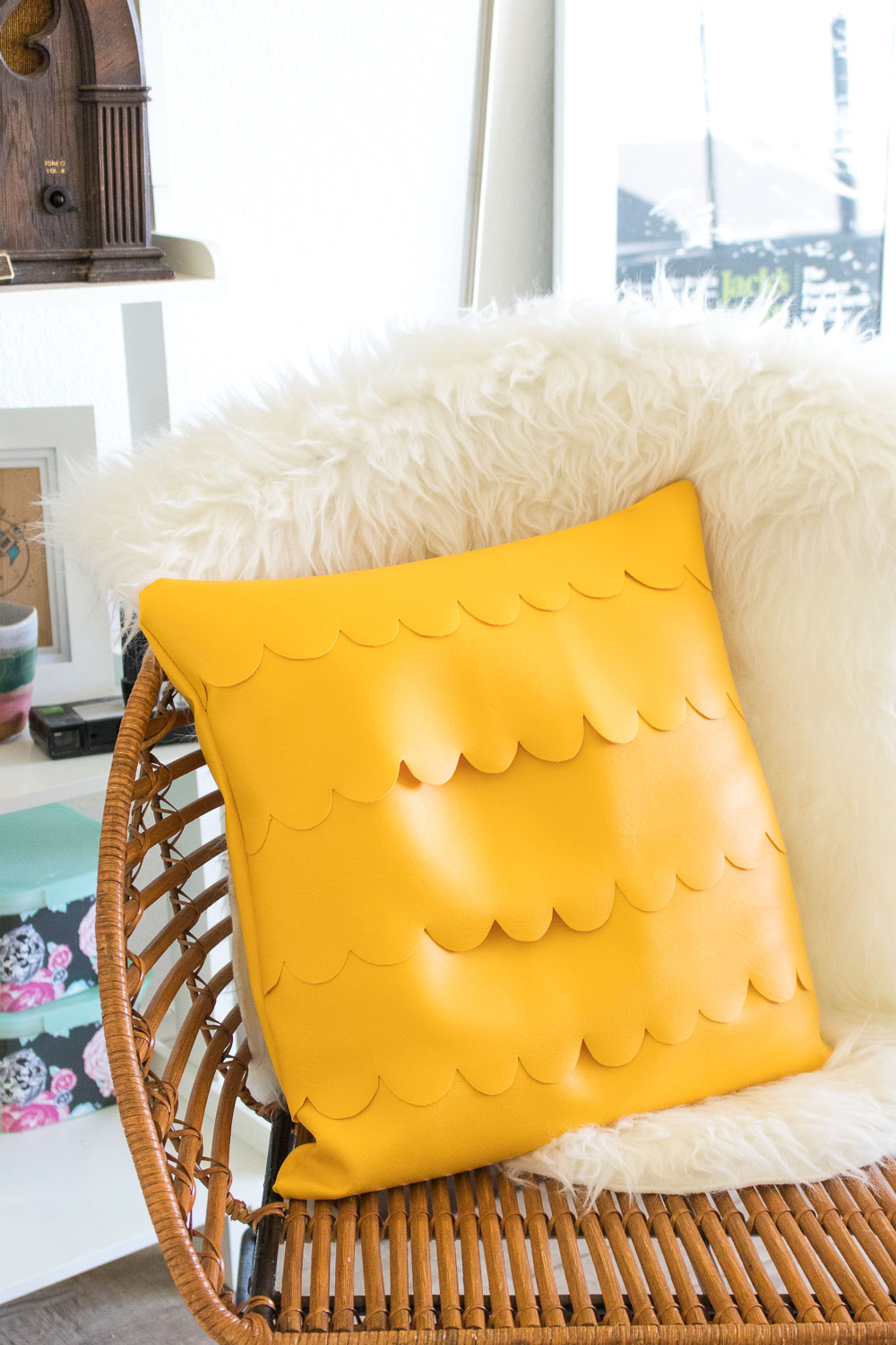 DIY Scalloped Leather Pillow   Club Crafted