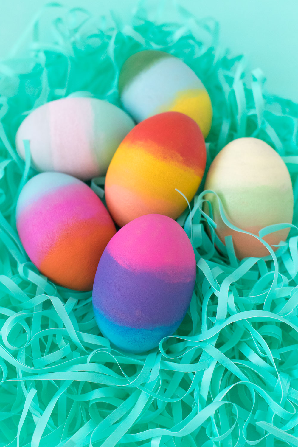 DIY Gradient Easter Eggs | Club Crafted