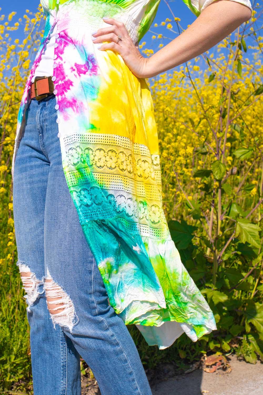 closeup of tie dye pattern on colorful kimono diy