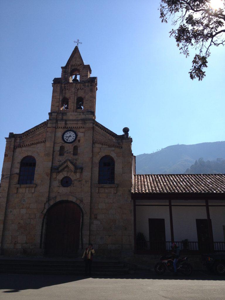 Iglesia Divino Salvador, Sopó