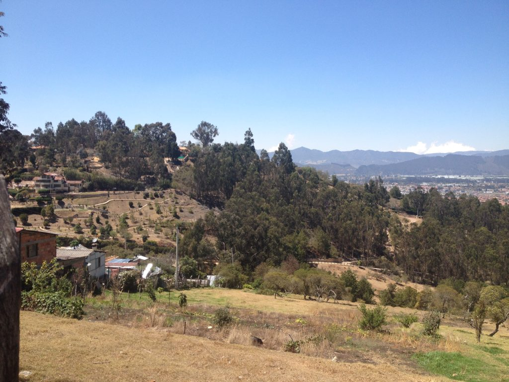 Zona rural en la vía al parque Pionono