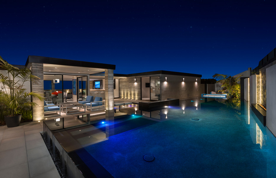 Pool & Spa of custom home built by Chris O'Grady as Director of Construction and Partner at Grady O Grady