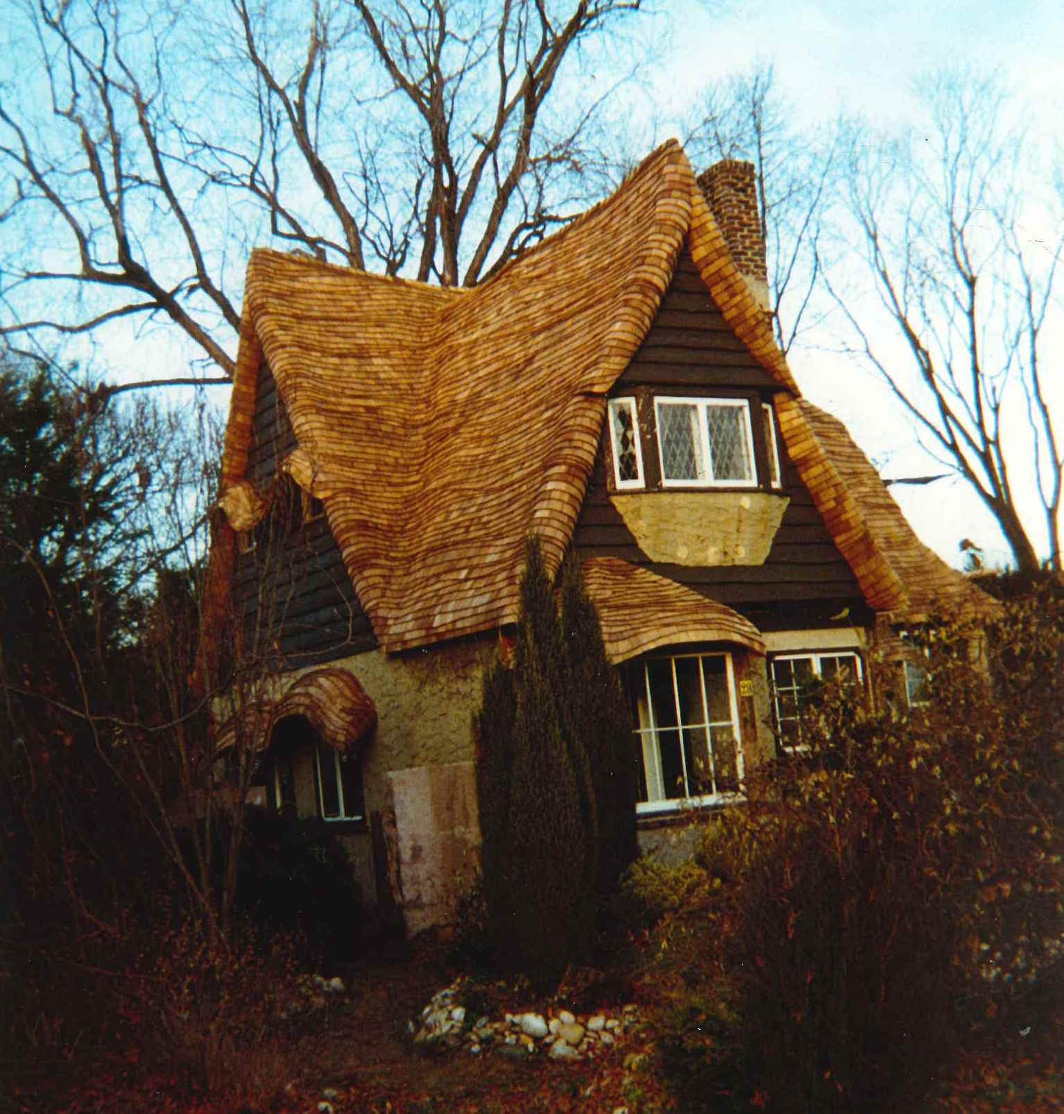 English Style Cottage Roof